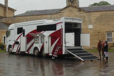image  enterprise large-horsebox