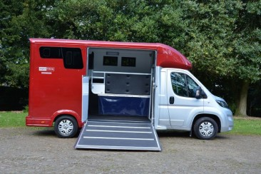 image  super-sonic-4500 small-horsebox