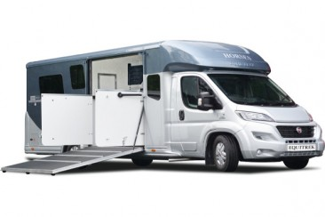 image  victory-five small-horsebox