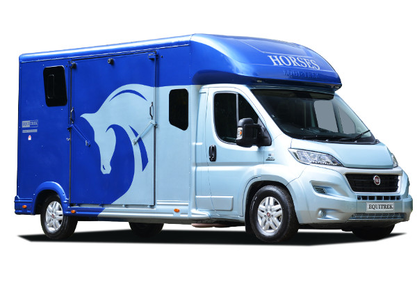 super-sonic-five-horsebox.jpg